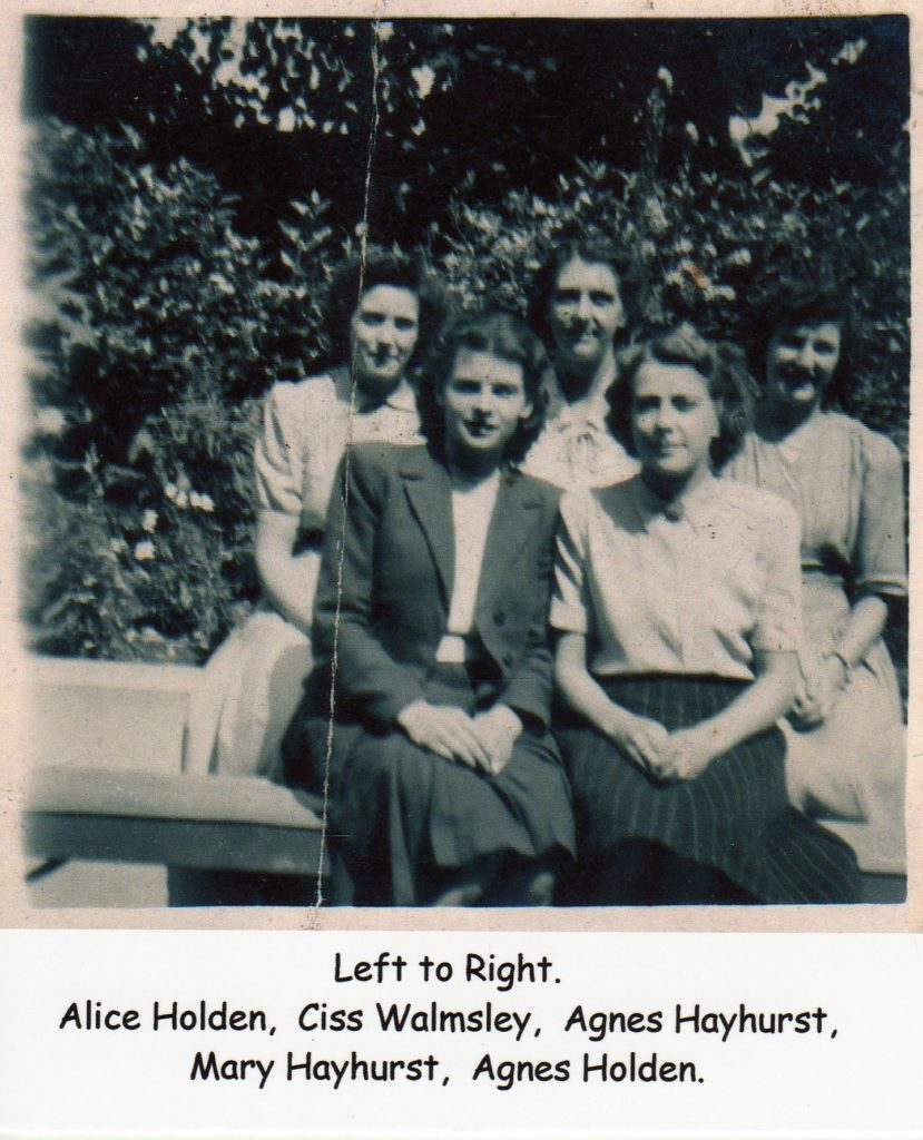 Berry's Ladies, Alice Holden, Ciss Walmsley, Agnes Hayhurst, Mary Hayhurst, Agnes Holden